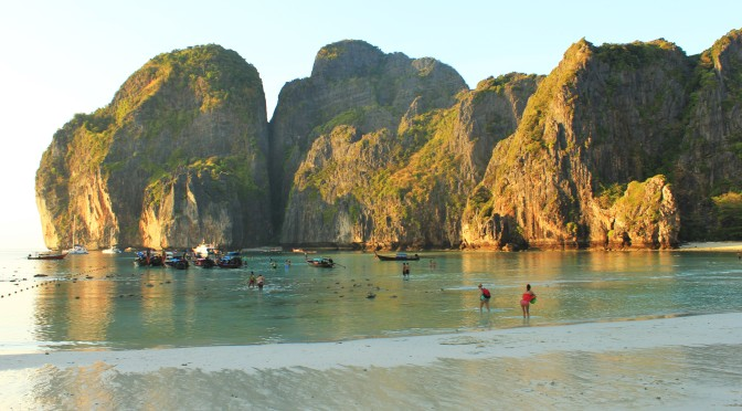 Phi Phi Island Hopping Tour: The Good & The Bad