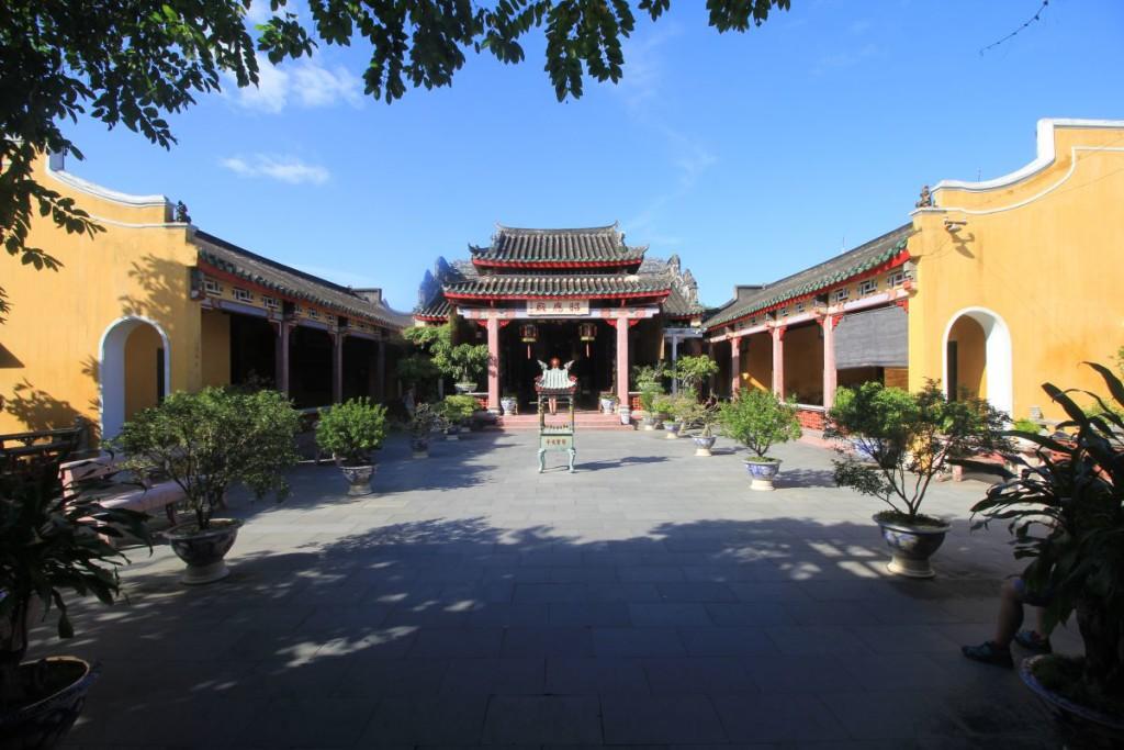 Hoi An Ancient Town - Temple 11