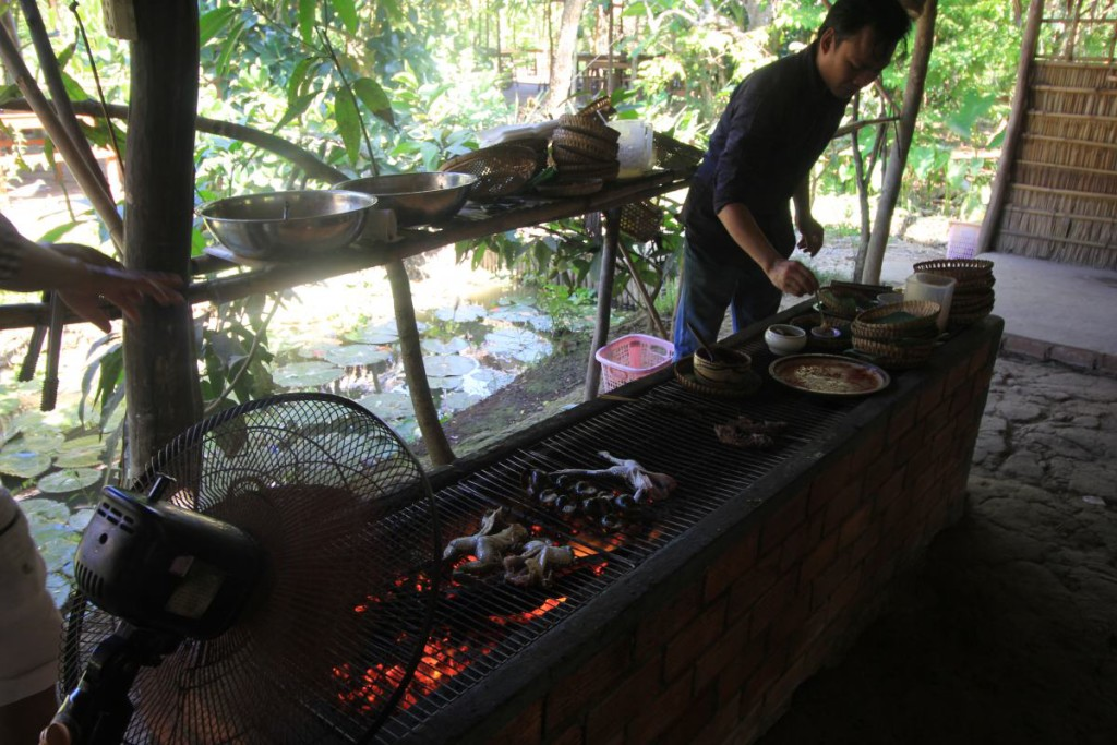 Mekong Delta Tour - Cantho Market