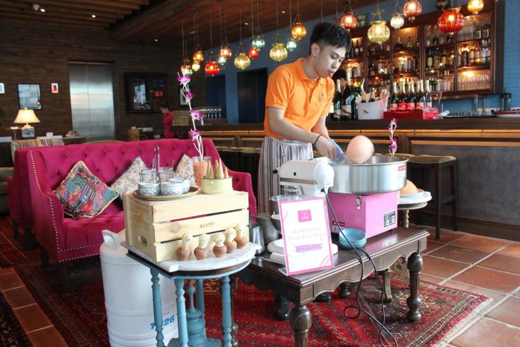 Issaya Siamese Club Hong Kong - dessert station