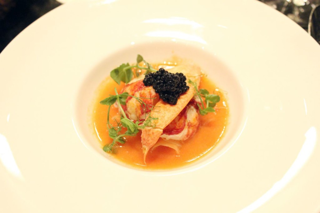 cocotte - poached lobster & caviar