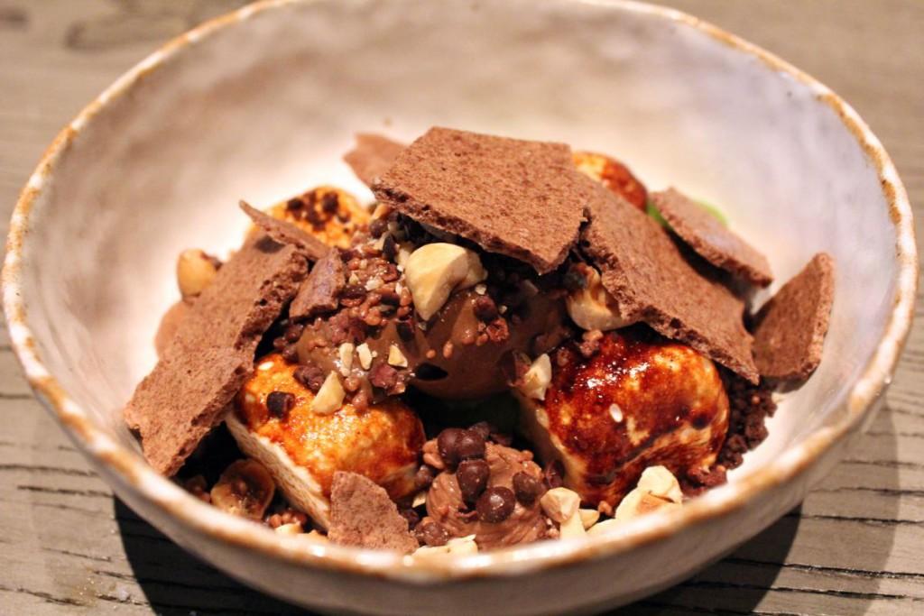 rhoda - chocolate, mint