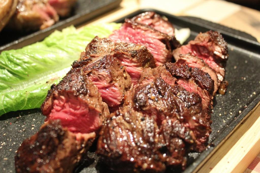 bones n blades - hanger steak