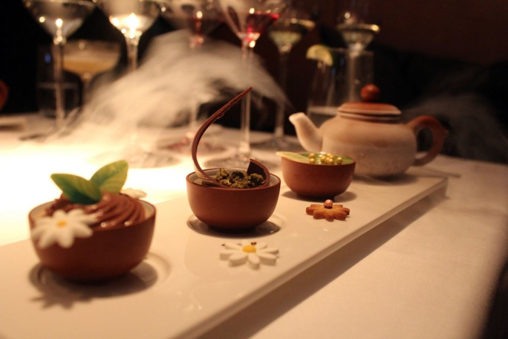 above-and-beyond-hotel-icon-dessert