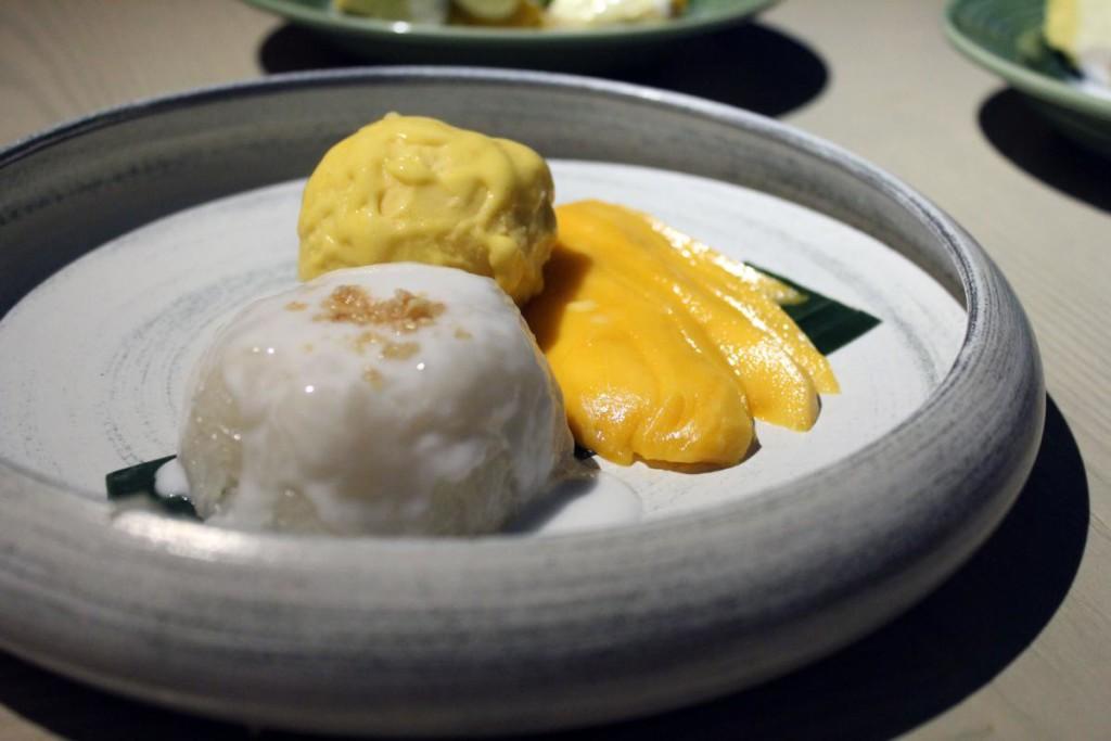 my-tai-tai-mango-sticky-rice