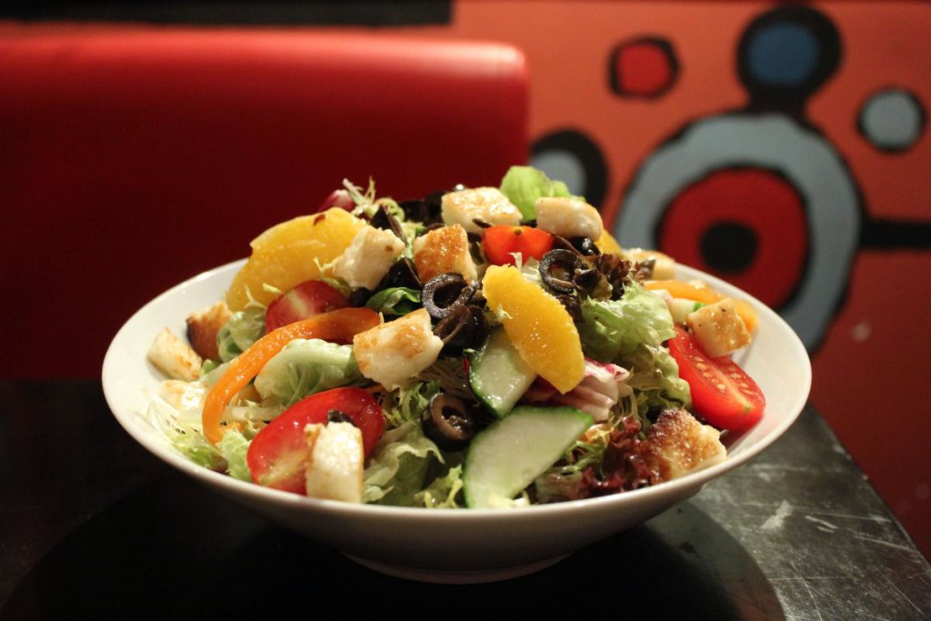 flaming frango - salad