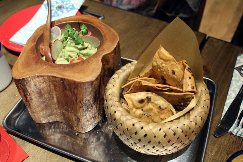 mamasitas-cantina-guacamole