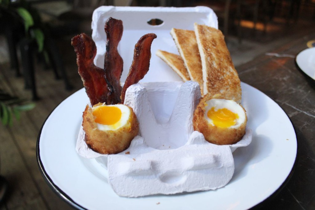 beef-and-liberty-brunch-eggs-and-soldiers