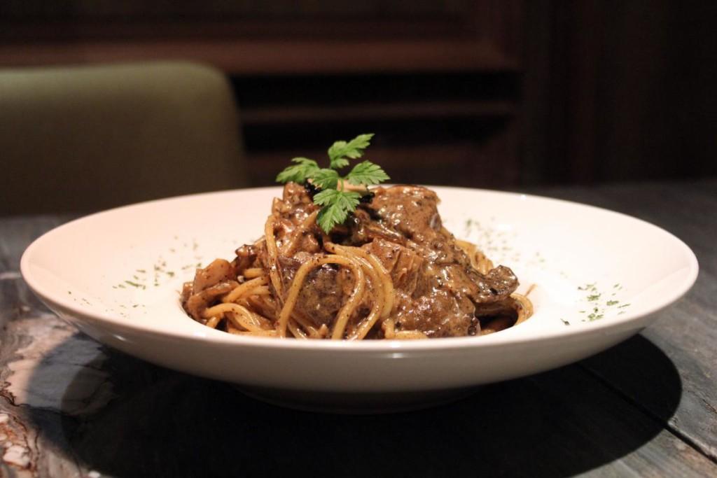 westwood-carvery-truffle-mushroom-pasta
