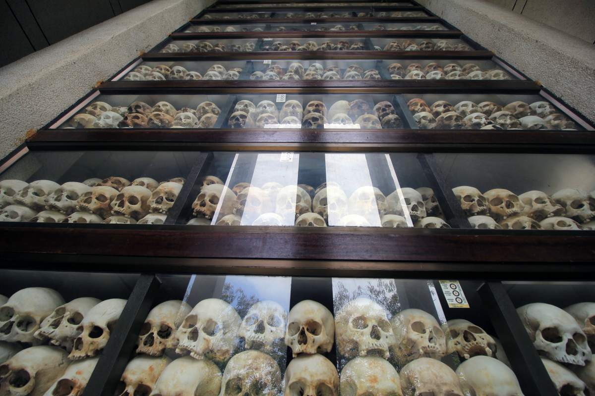"""Should I Visit the Killing Fields in Phnom Penh?"" YES ... | 1200 x 800 jpeg 116kB"